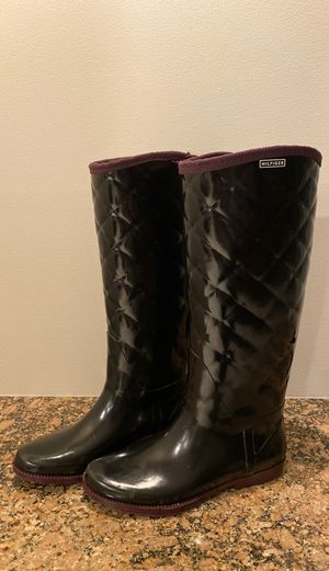 Tommy Hilfiger tall rain boots size 8 for Sale in NJ, US
