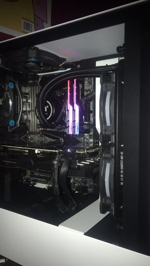 MSI X299 GAMING PC 8 CORE i7-7820X RTX 2080 GAMING COMPUTER for Sale in Bedford, TX