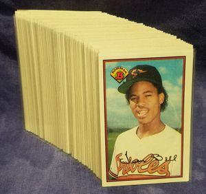 1989 Bowman Gum Baseball Cards, Lot of 75 Cards for Sale in Diamond Bar, CA