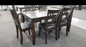 7 pcs wooden dining table for Sale in San Bernardino, CA