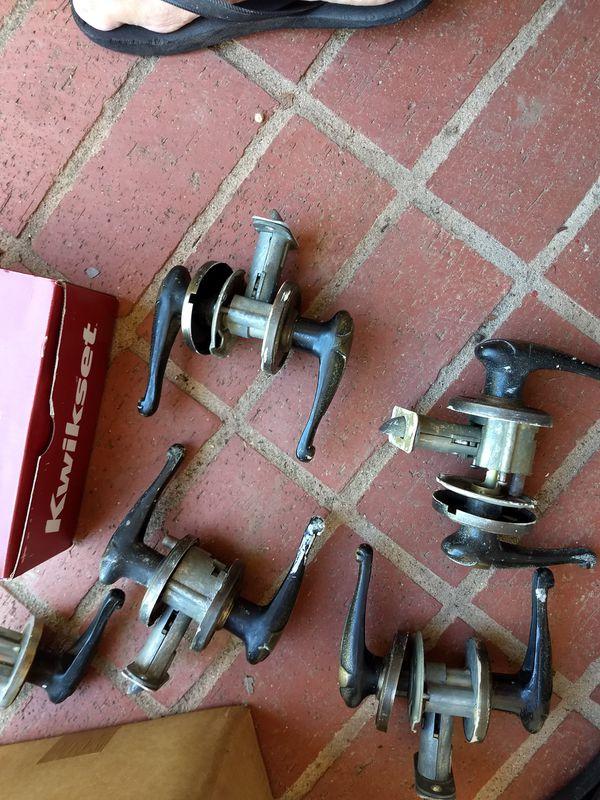 Door handles/locks
