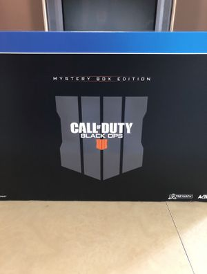 Black Ops 4 (Mystery Box Edition) Includes game (SteelBook) for Sale in Miami, FL
