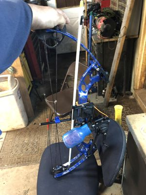 PSE bow fishing bow for Sale in Temple, GA
