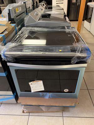 *NEW* Whirlpool Slide-In Electric Range (open box, scratch & dent) for Sale in Tucson, AZ