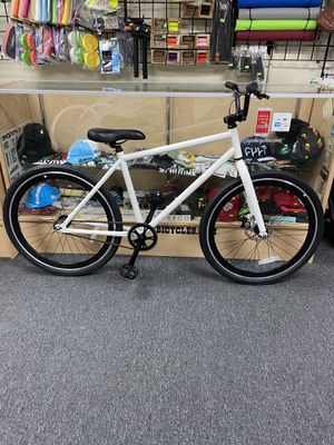 """26"""" bmx Cruiser bike with front disc brake $499 for Sale in La Puente, CA"""