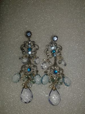 Aretes muy finos for Sale in Miami Gardens, FL