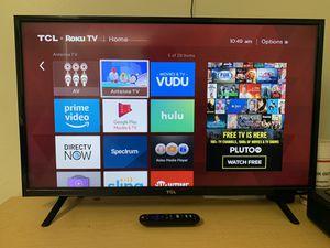 "32"" TCL Roku smart tv for Sale in Huntsville, AL"