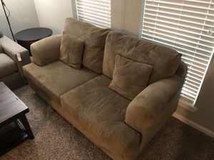 "Cheap Oversized Love Couch and a Sony 52"" HDTV 1080P for Sale in Houston, TX"