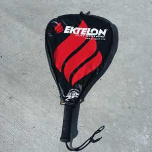Tennis Racket for Sale in Hitchcock, TX