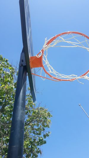 Basketball hoop/court for Sale in Arlington, TX