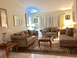 9 piece LIVING ROOM SET for Sale in Miramar, FL