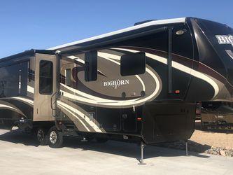 2015 Heartland Bighorn 3160EL for Sale in Surprise,  AZ