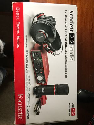 Focusrite studio pack for Sale in McMinnville, OR