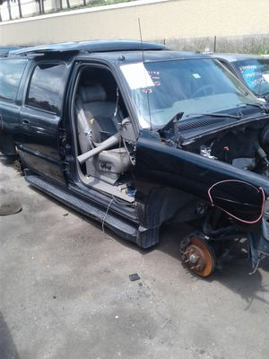 99-06 Chevy truck and SUV parts for Sale in Orlando, FL