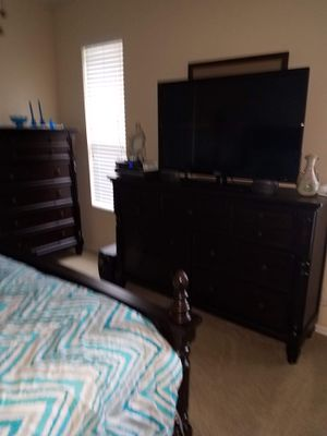 Sikeo 50 inch tv with original remote for Sale in Lakeland, FL