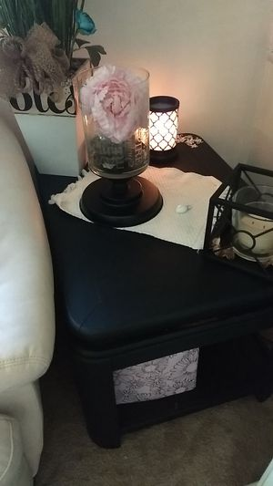 Nice condition black side table or coffee table for Sale in Dunbar, PA