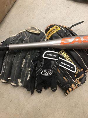 Softball gloves, batting glove , batt for Sale in Mountlake Terrace, WA