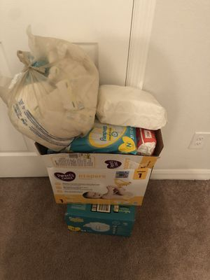 Baby diapers size newborn and 1 .. baby wipes for Sale in Altamonte Springs, FL