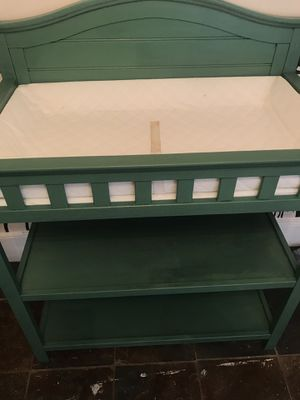 Super cute kelly green changing table in awesome shape for Sale in Beaver Falls, PA