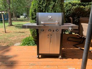 Gas Grill, Char-Broil for Sale in Enola, PA