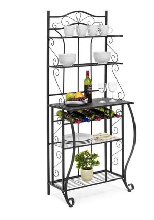 Kitchen Baker's Rack with Wine Holder, Black / estante trastero para cocina comedor de acero color negro 5 niveles y una más para vinos for Sale in South Gate, CA