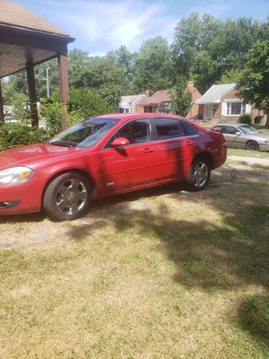 SS IMPALA 08 runs and drive 71xxx miles needs taillight bulb and blenddoor for Sale in Detroit, MI