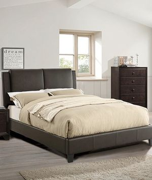 King bed frame with mattress (cama con colchón) for Sale in Miami, FL