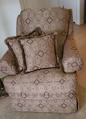 Chair for Sale in Haverstraw, NY