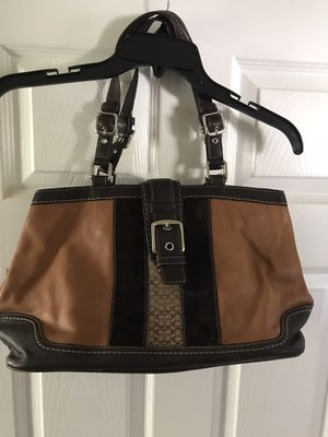 Coach bag / purse for Sale in Huntington Park, CA