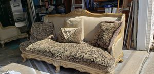 vintage sofa and love seat for Sale in Fort Wayne, IN