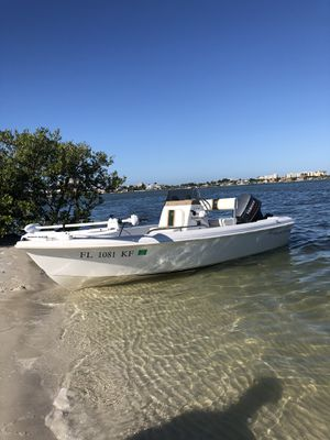99' Center Console for Sale in Largo, FL