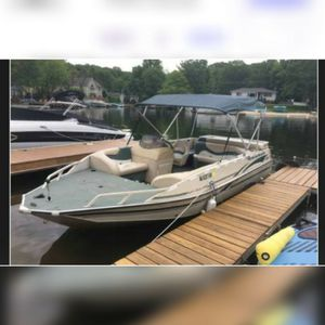 20 ft Sun tracker party deck boat for Sale in Linden, NJ