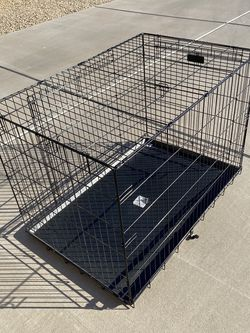 Pro concepts two door Dog crate black extra large for Sale in Phoenix,  AZ