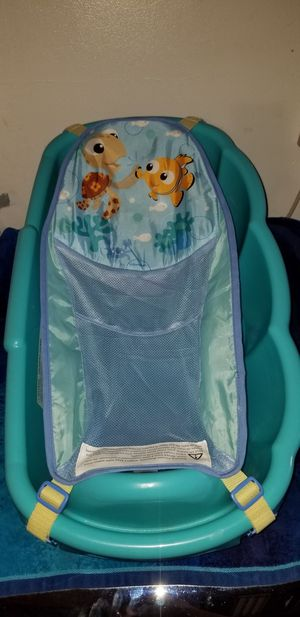 Finding Nemo baby bathtub for Sale in Oceanside, CA