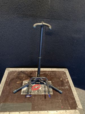 Guitar / bass guitar stand for Sale in Las Vegas, NV