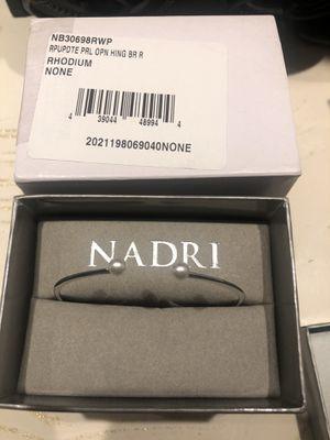 Nadri pearl detail bangle for Sale in Burbank, CA
