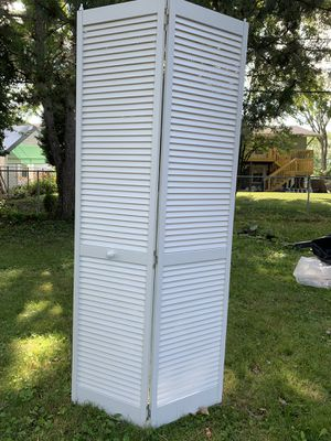 """36"""" double door for the closet. 2 available. Like new for Sale in Hoffman Estates, IL"""