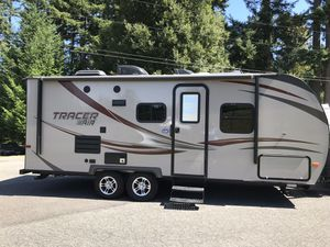 2015 Tracer 215 Air Lightweight Travel Trailer for Sale in Covington, WA