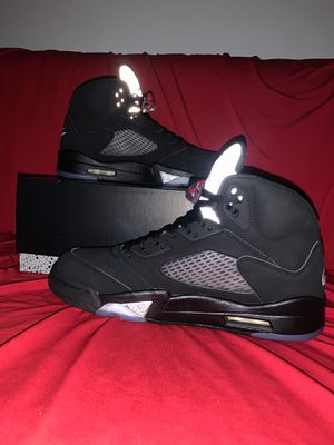 Jordan Metallic 5: Size 9 for Sale in Los Angeles, CA