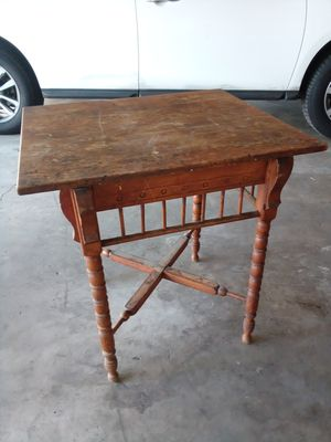 Vintage table for Sale in Riverside, CA