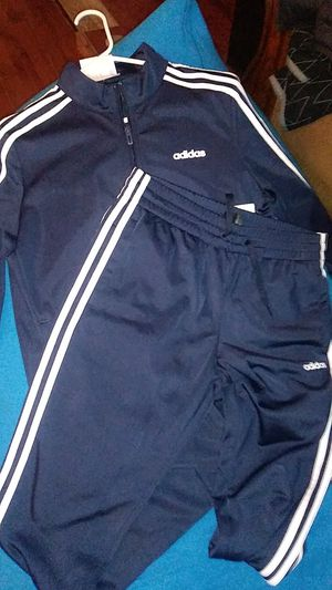 Adidas warm up suit (WOMENS) for Sale in Olympia, WA