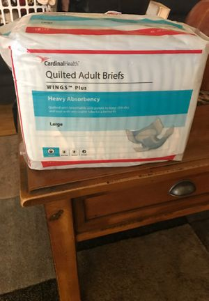 Cardinal Health- Quilted Adult Briefs/ Diapers for Sale in Brea, CA