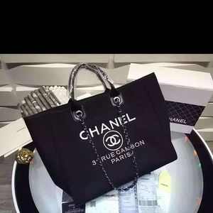 Chanel bag for Sale in Marietta, GA