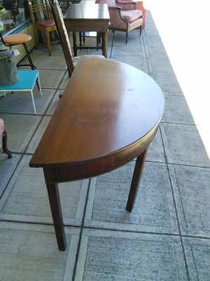 Half Moon Console Table for Sale in Canby, OR