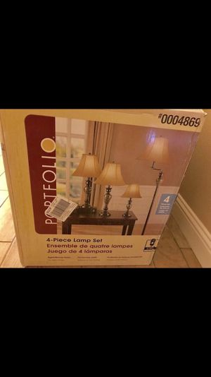 Lamp set of 4 comes with Shades and Bulbs Brand New Pick up Modesto for Sale in Tracy, CA