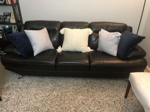 Black leather couch for Sale in Davie, FL