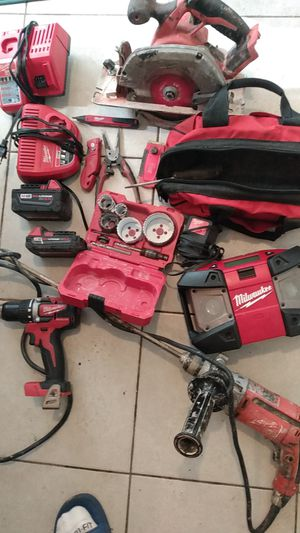 Milwaukee tools, charger,radio for Sale in Phoenix, AZ