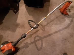 Husqvarna 128c curved shaft weed eater for Sale in Orange, TX
