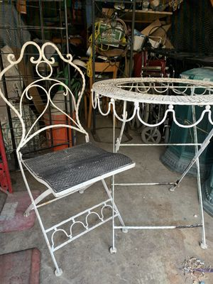 Antique bistro table and chair for Sale in Garden Grove, CA