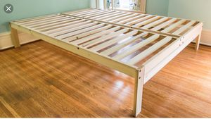 King size Bed Frame Poplar Wood - Excellent Condition for Sale in New York, NY